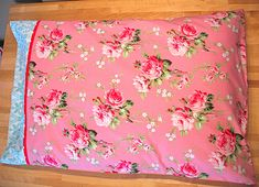 pillowcase tutorial. http://jonag.typepad.com/stop_staring_and_start_se/2008/07/banish-percale-forever.html