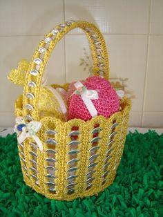 Crochet World added a new photo. Soda Tab Crafts, Can Tab Crafts, Pop Top Crafts, Diy And Crafts, Pop Can Tabs, Soda Tabs, Pop Cans, Crochet World, Wire Crafts