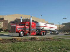 Big Rig Trucks, Semi Trucks, Cool Trucks, Peterbilt 389, Peterbilt Trucks, Custom Truck Beds, Custom Trucks, Semi Trailer Truck, Custom Big Rigs