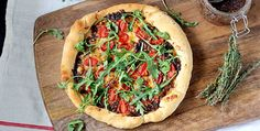 Family pizza night: bacon jam pizza. Pinning for the Bacon Jam recipe - the pizza dough is not gf.