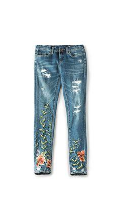 BLANKNYC Embroidered Skinny Jean in Speak Easy