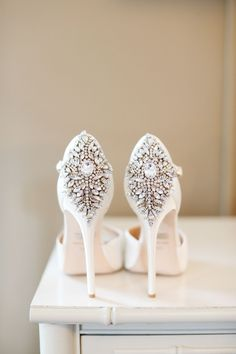 Wedding Shoes // Bridal Shoes // 19 Most Popular Badgley Mischka Wedding Shoes Unique Wedding Shoes, Wedding Heels, Mod Wedding, Unique Weddings, Sparkle Wedding, Ivory Wedding, Trendy Wedding, Wedding Details, Rhinestone Wedding Shoes