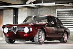 This Alfa Romeo GT 1300 Junior Is For Life - My old classic car collection Alfa Romeo Cars, Retro Cars, Vintage Cars, Royce, Carros Vw, Automobile, Assurance Auto, Classic Car Insurance, Dream Garage