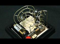 ▶ Micro Marble Machine - YouTube Kinetic Toys, Kinetic Art, Rolling Ball Sculpture, Marble Tracks, Innovation, Marble Machine, Gadgets, Oragami, Automata
