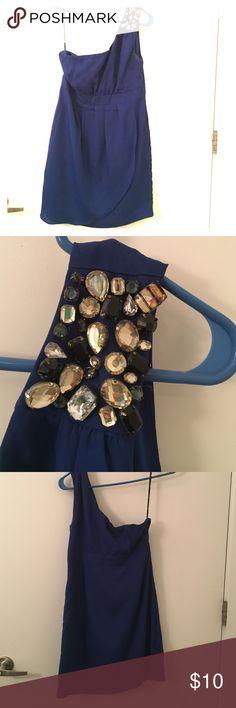One shoulder royal blue dress! One shoulder dress with stone-designed detail on the one shoulder strap. Royal blue, great color. Beautiful cocktail dress. Falls just above knees! Forever 21 Dresses One Shoulder