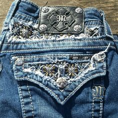 """Miss Me Bling Boot Cut Jeans! Cute blingy design on the back. Size 27, small x on the inside of the waist. Inseam is 30"""". EUC. Miss Me Jeans Boot Cut"""