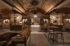 VeryFirstTo is inviting lifelong bar hoppers to join them for a once in a lifetime trip to The World's Most Alluring Secret Bars. Urban Interior Design, Rustic Home Design, Commercial Interior Design, Pub Bar, Cafe Bar, Best Bars In Sydney, Urban Bar, Urban Chic, Secret Bar