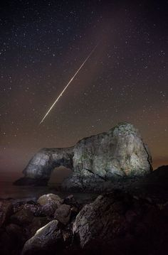A Lucky Picture Perfect Snap of a Fireball Zipping Across the Night Sky via PetaPixel