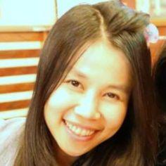 Wanngam Suksangdaw, teacher from Thailand, teaches thai language.
