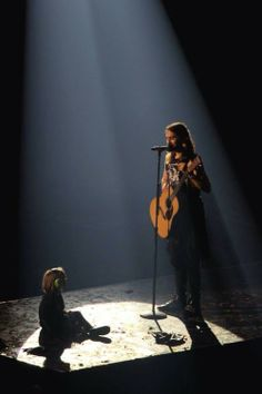 "Jared Leto brings Ivy, a 4 year old girl onstage in England and sings, ""Alibi"" to her. It's about the sweetest thing ever. I'll find the video clip and post it."