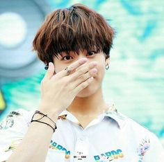 Jeon Jungkook: KOOKIE SPAM BECAUSE IT'S HIS BIRTHDAY