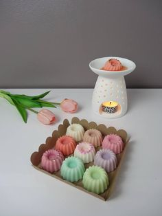 Diy Candles Video, Diy Wax Melts, Homemade Scented Candles, Candle Making Business, Cute Candles, Paper Flowers Diy, Decoration, Handmade, Soap