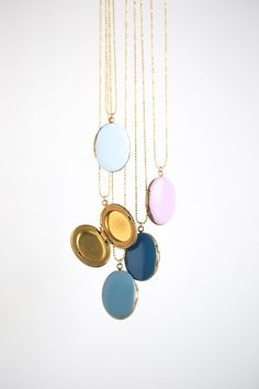 jennifer bedenbaugh has a super simple Enameled Locket #tutorial (@cravestudio) on via @stellerstories #DIY #kids #gifts #style #fashion #jewelry #craft #make #project