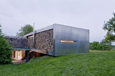 An Awesome Modern Farmhouse: An Awesome Modern Farmhouse With Underground Room And Iron Wall And Large Land Ideas