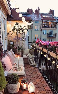 Cute and cozy balcony studio inspo balcony bedroom cozy bedroom design cozy bedroom colors Small Balcony Design, Small Balcony Garden, Small Balcony Decor, Balcony Ideas, Small Patio, Patio Ideas, Modern Balcony, Diy Patio, Apartment Balcony Garden