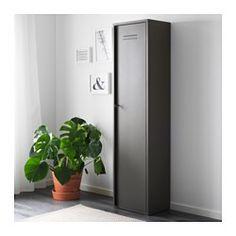 IKEA - IVAR, Schrank mit Tür, Der Schrank passt ins IVAR Aufbewahrungssystem, kann aber auch einzeln frei stehend genutzt werden.Mit 3 versetzbaren Böden und 1 versetzbaren Leiste mit 3 Haken für bedarfsangepasste Einteilung.Hinter der abschließbaren Tür bleibt der Inhalt vor Staub und Schmutz geschützt.
