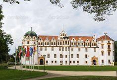 Celle kasteel (1292) met haar Residenzmuseum is één van de mooiste kastelen van het koninklijke huis Hannover in Duitsland — Stockbeeld #33332531