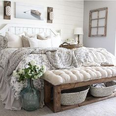 27 Beautiful For Farmhouse Bedroom Decor Ideas And Design. If you are looking for For Farmhouse Bedroom Decor Ideas And Design, You come to the right place. Below are the For Farmhouse Bedroom Decor . Farmhouse Style Bedrooms, Farmhouse Bedroom Decor, Home Decor Bedroom, Bench For Bedroom, End Of Bed Bench, White Rustic Bedroom, Modern Bedroom, Rustic Bedrooms, Farm Bedroom