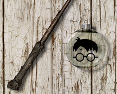 You Dont Need To Ride The Hogwarts Express Pick Up This Harry Potter Inspired Design It Features A Minimalist Of Round Glasses Lightening