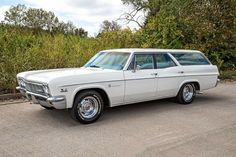 This 1966 Chevrolet Impala Station Wagon has a Automatic Transmission, Original Air Conditioning Car, Power Steering, Power Brakes,. Station Wagons For Sale, Car Station, Chevrolet Impala, 66 Impala, Classic Trucks, Classic Cars, Buick Wagon, Impala For Sale, Truck Paint