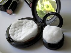 Keep your powder products from breaking with a cotton ball