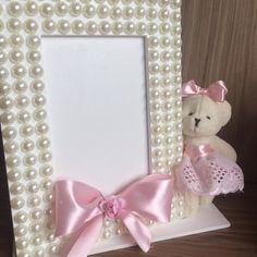 Diy Crafts For Girls, Diy Home Crafts, Decor Crafts, Photo Frame Crafts, Box Frame Art, Decorated Wine Glasses, Baby Frame, Glitter Crafts, Shabby Chic Crafts