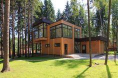 Деревянный дом в России