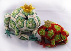 Tomato the Frog Prince African Flower Crochet Pattern  by Heidi Bears