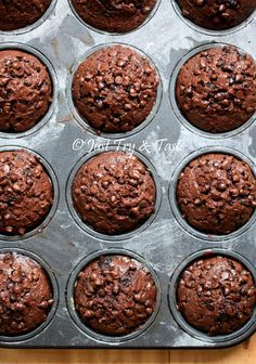 Double Chocolate Muffins, Chocolate Cake, Resep Cake, Brownie Cupcakes, Choco Chips, Indonesian Food, Food And Drink, Cooking Recipes, Baking