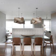 O sofá usado na mesa de jantar ao invés das cadeiras também pode ser chamado de canto alemão.