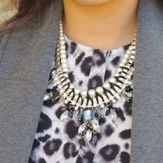 """Crystal pearl statement necklace Brand new without tags ❤️ super cute necklace! 16.5"""" in length.  Looks way more expensive than it is. Jewelry Necklaces"""