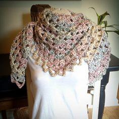 Legwarmers on pinterest free crochet cowls and crochet hooded scarf