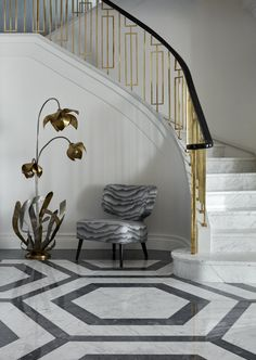 Essential Home is the epitome of bohemian design. The harmony between classic and contemporary is integral to the brand's sense of eclecticism and iconic style. Modern Stair Railing, Staircase Railings, Grand Staircase, Stairways, Staircase Interior Design, Railing Design, Small Garden Under Stairs, Stair Landing Decor, Redo Stairs