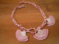 pink crochet necklace fanshape by PashaBodrum on Etsy