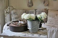 ♥What is it about white, burlap and galvanized metal??? LOVE IT!