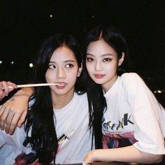 Jennie O, These Girls, Besties, Kpop, Bff