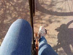 Vår. Cykel. Sol.