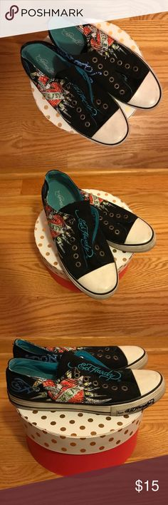Ed Hardy sneakers 👟 A little worn but still in great condition! Very comfortable! Ed Hardy Shoes Sneakers