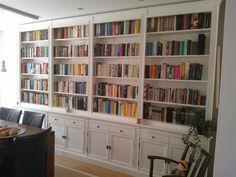 Grote foto landelijke boekenkast maatwerk bij inndoors woning inrichting boekenkasten