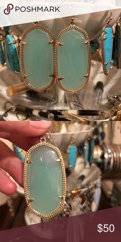Kendra Scott Danielle Earrings in Chalcedony ✨ perfect pop of color that matches basically anything! These are in perfect condition Kendra Scott Jewelry Earrings