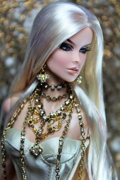 Fashion Royalty Dolls, Fashion Dolls, Glamour Dolls, Barbie Hair, Beautiful Barbie Dolls, Cute Girl Outfits, Barbie Collection, Barbie Friends, Barbie World