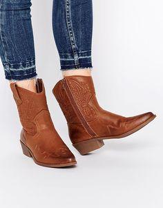 Glamorous Congac Cowboy Boots