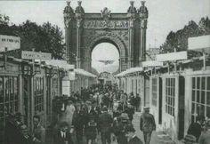 1888. Stands de la Exposició Universal a l'Arc de Triomf de Barcelona.