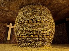 """Los Angeles author and photographer Paul Koudounaris takes you up close to Rome's 435-year-old catacomb saints in his book, """"Heavenly Bodies."""""""