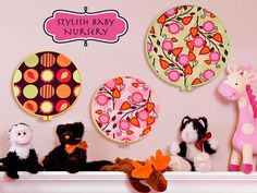 Stylish Baby Nursery: Fast & Fabulous Wall Art >> I've wanted to do this forever and just never got around to it Home Decor Wall Art, Nursery Decor, Nursery Ideas, Sewing Projects, Craft Projects, Craft Ideas, Baby Wall Art, Colorful Wall Art, Fabric Wall Art