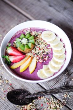 Amazing bowl and great blog for healthy bowls and smoothies