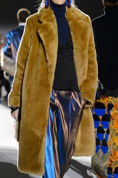 Capispalla: tutte le tendenze moda dalle sfilate Autunno Inverno 2017-2018