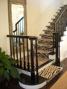 I can't stop stairing :). Black banister, zebra runner and mirror. This makes a statement! Would also love cheetah print carpet! Balustrades, Banisters, Railings, Stair Treads, Black Banister, Black Stairs, My New Room, Interiores Design, Stairways