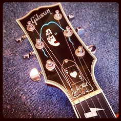#guitar #kiss Gibson Les Paul Ace Frehley. what i would do to own a guitar like that!