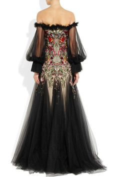 Alexander McQueen | Embroidered silk-tulle off-the-shoulder gown.